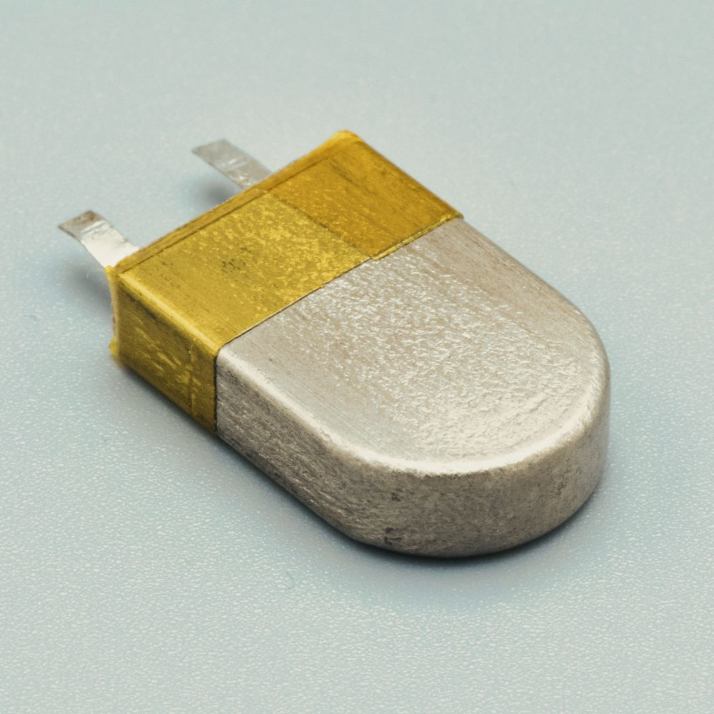Rechargeable Micro-batteries for active medical implantable devices
